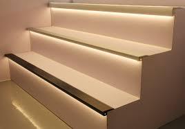 پروفیل آلومینیوم لب پله